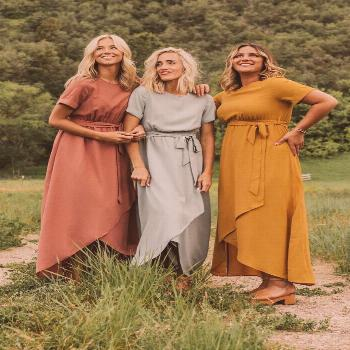 Perfect dress summer/wedding season! Modest wrap maxi comes in multiple colors and sizes (petite an